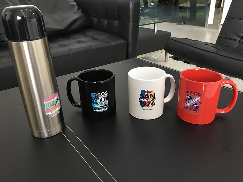 KINGT UV printer printing on cup
