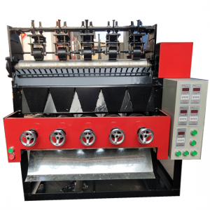 Automatic flat scourer making machine