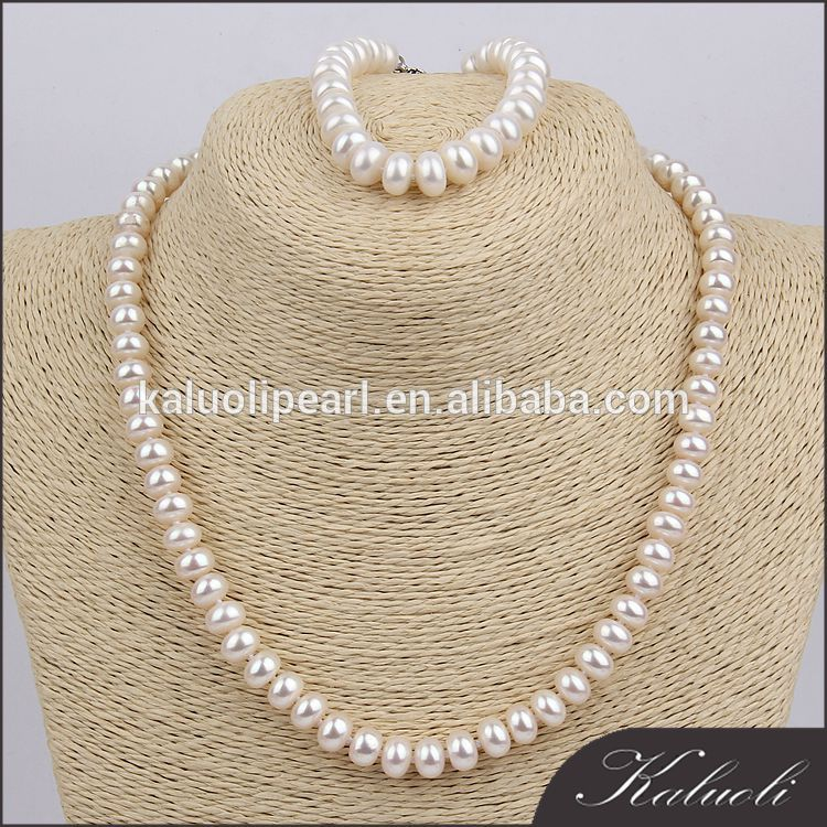 Latest design bread round fresh water real pearl set