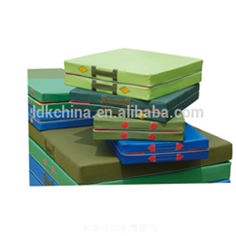 2018 cheap folding gymnastic mats used for sale