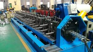 Firmati inter scalam cable Roll Machina