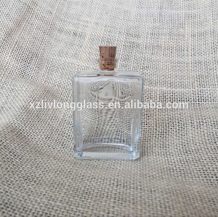 30ml flint glass perfume bottle with natural cork