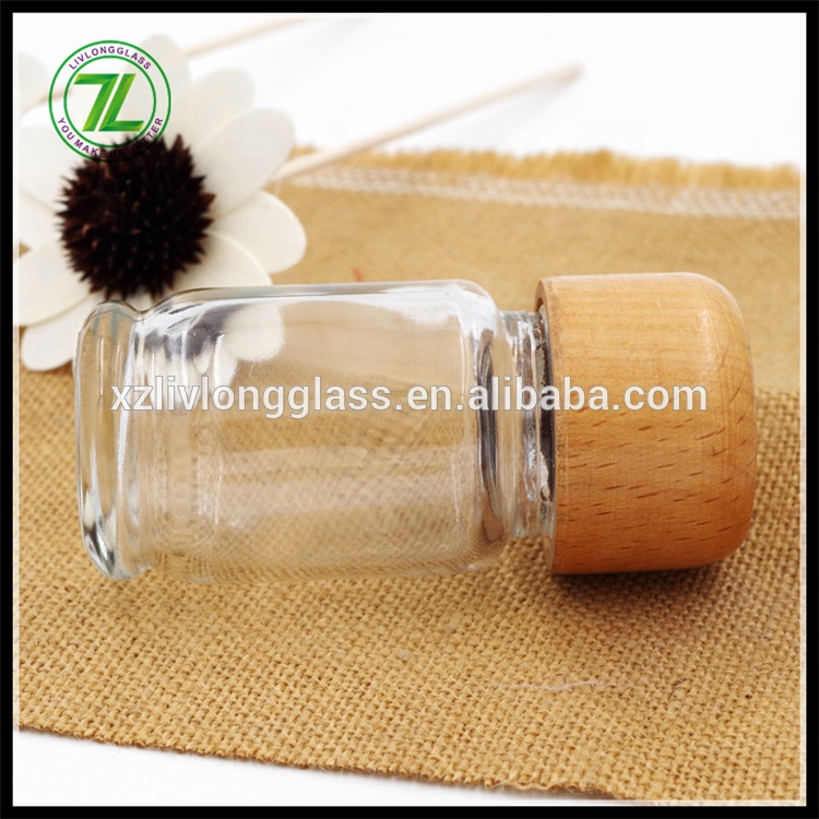 Family Use 2 oz 60ml Clear Glass Salt Jar with Shaker and Wood Cap