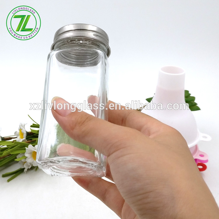 salt and pepper use 120ml 4oz square spice glass jar with stainless shaker tops