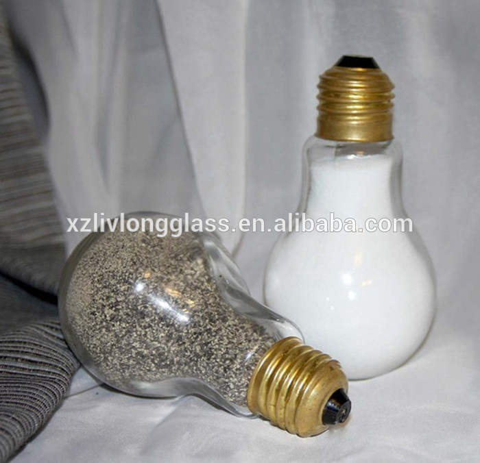 Light Bulbs Salt and Pepper Shakers Glass Spice Jar