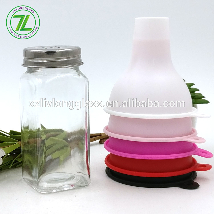 salt and pepper use 120ml 4oz square spice glass jar with stainless shaker tops Featured Image