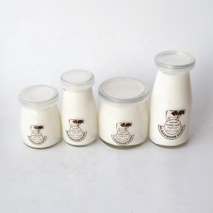 custom design  clear round  empty yogurt pudding glass jar milk glass bottle with plastic lid