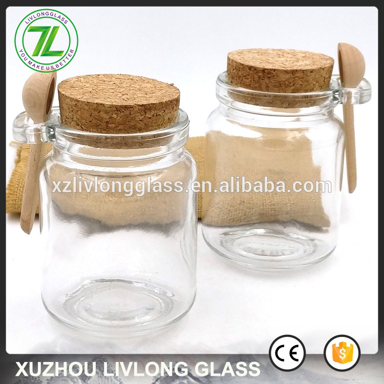 250ml cosmetic jar 8oz glass body scrub bottle with wooden spoon and cork lids
