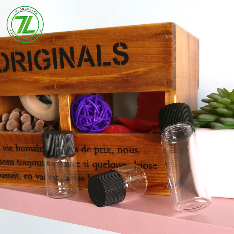 small glass vial 5ml 8ml 14ml hemp oil glass bottle with lids Featured Image
