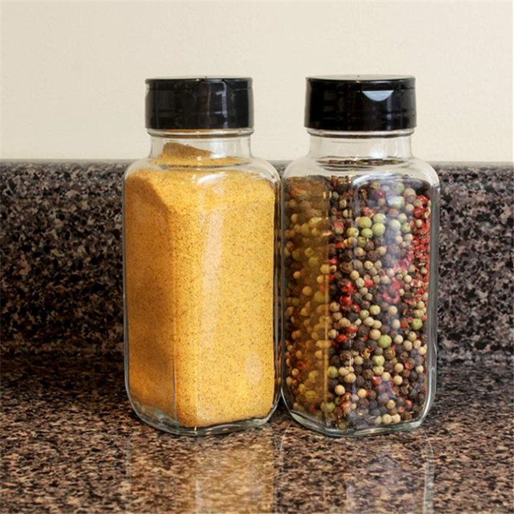 French 8oz  Square Spice Jars With Shaker For Salt Pepper