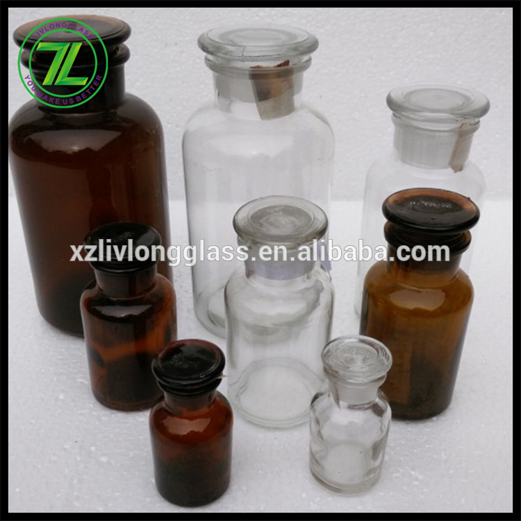Clear glass and amber reagent jars