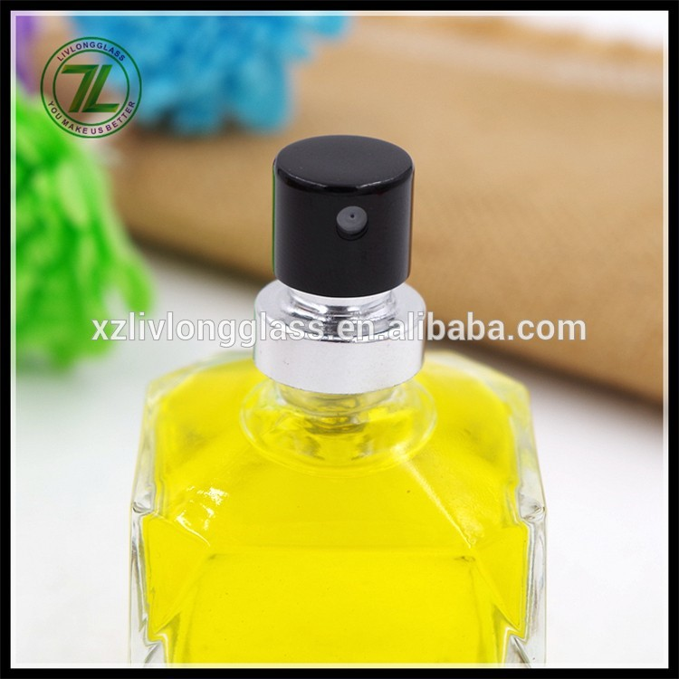 2017 NEW Unique Shape 50ml Clear Cosmetic Perfume Glass Bottles with Spray