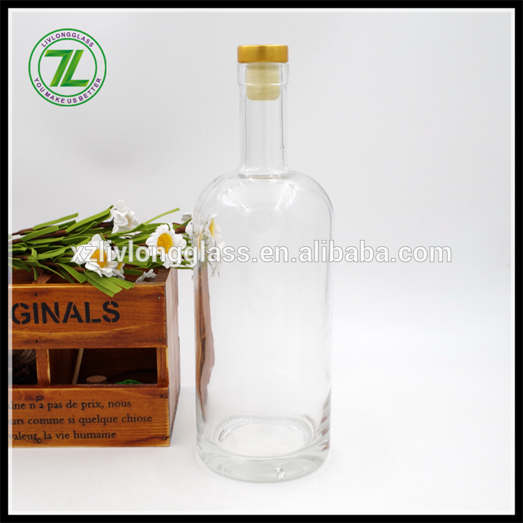 700ml customized round clear glass vodka bottles