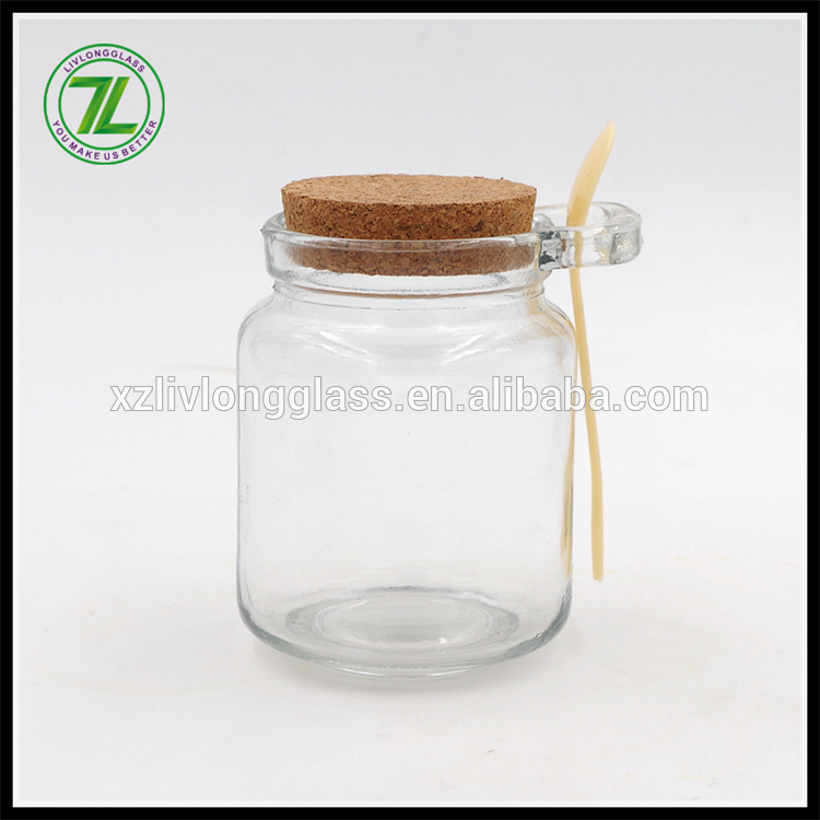 cheap 8.5oz glass favors jar wide mouth 250ml glass bottle with cork and spoon