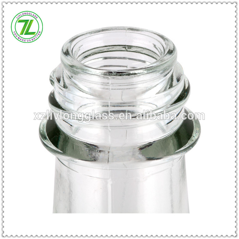 hot selling 5oz 150ml glass chili sauce bottle glass woozy bottle with black cap