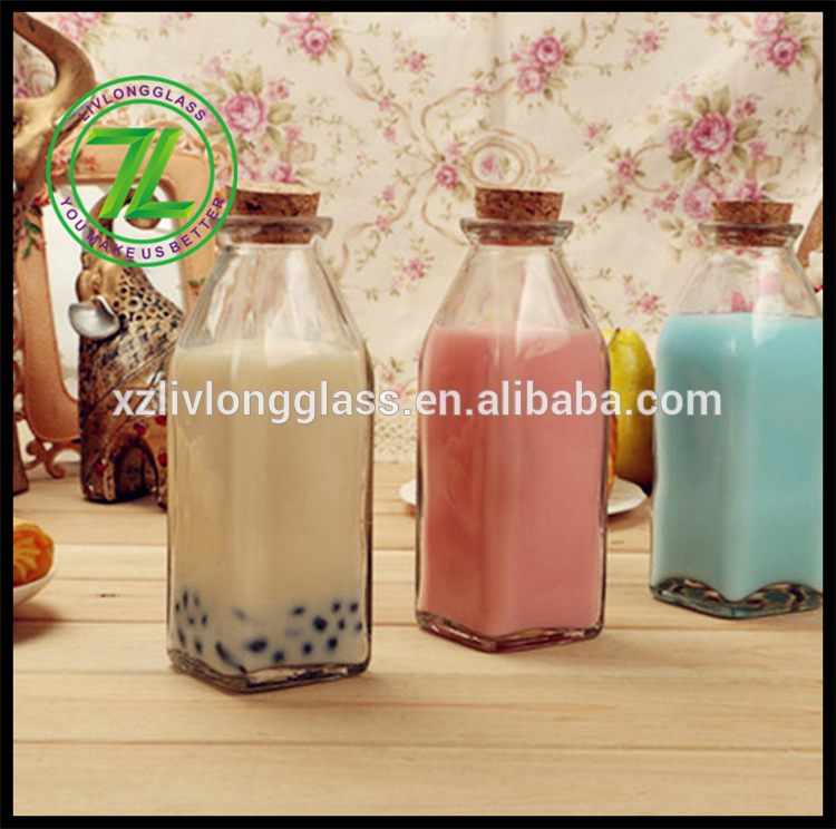 Manufacturer for Oil Bottle - 350ml clear glass square beverage bottle tea milk bottle with cork – LIVLONG