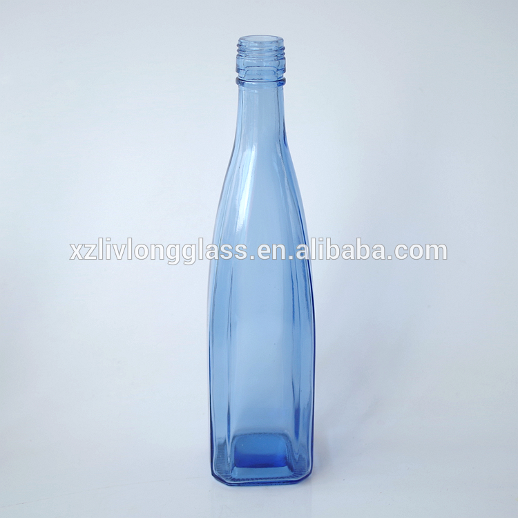500ml LIGHT BLUE Square Glass Liquor Bottle with Screw Top Featured Image