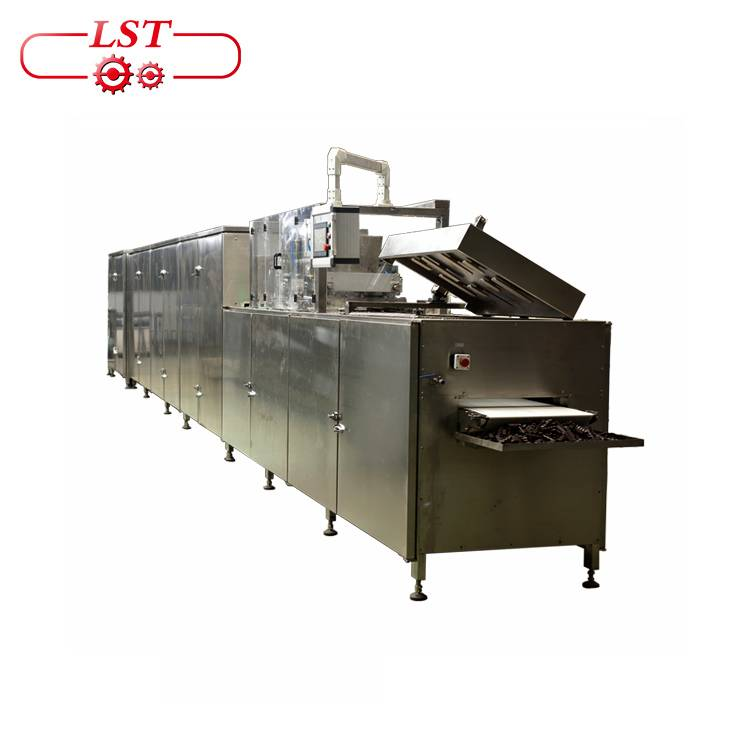 Chocolate molding machine chocolate biscuit making machine chocolate deposit production line
