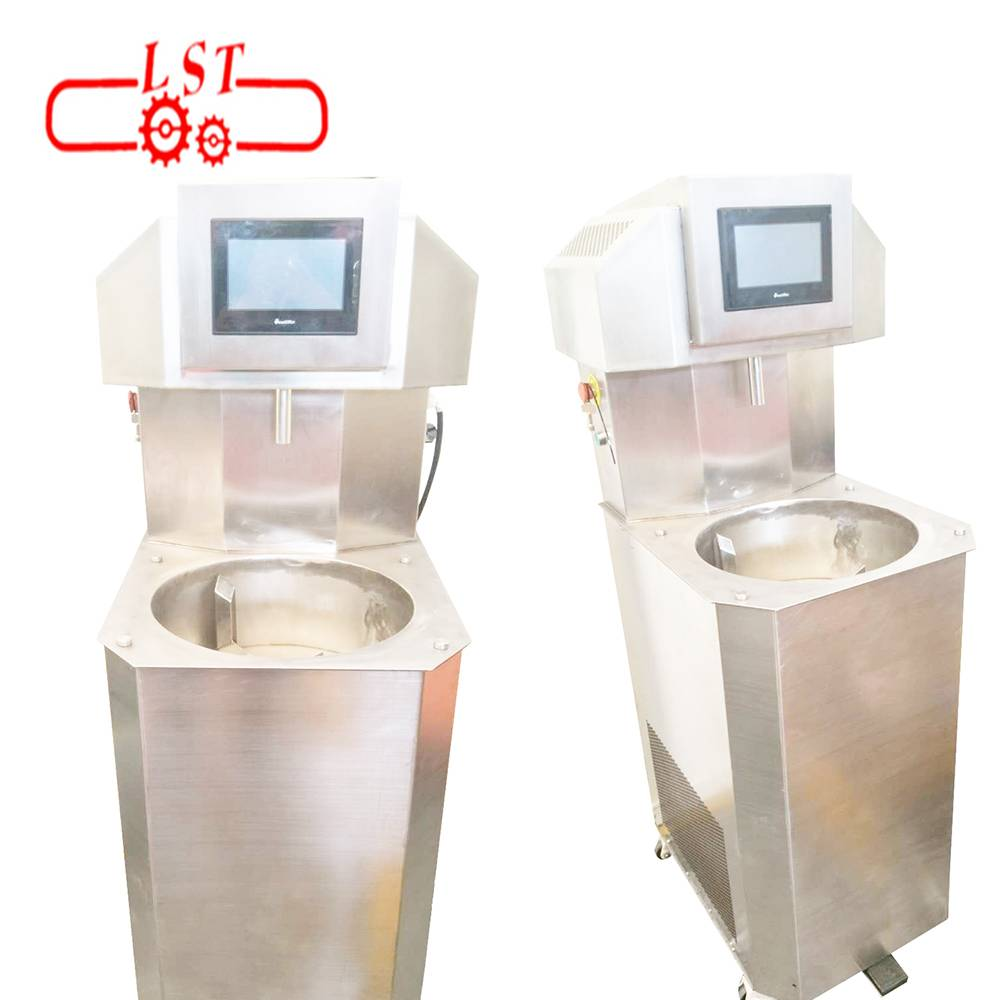 Small truffles  chocolate tempering and moulding machine in China