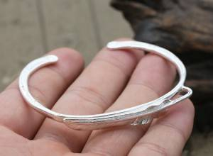 925 Pure Silver Jewelry Feather Bracelet Creative Simple Women Personality Bracelet Fashion Trend Exquisite Bangles