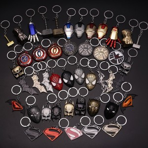 New Fashion The Avengers Keychain Thor Hammer Thanos Gauntlet Captain America Shield Hulk Batman Mask Key Ring Pendant Wholesale