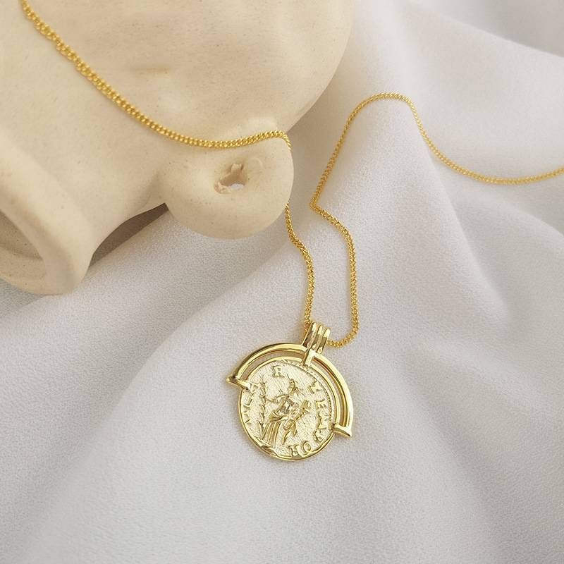 Korea Hot Style Pure 925 Sterling Silver  for Women Delicate Fashion Gold Coins Pendant Necklace Jewelry Featured Image