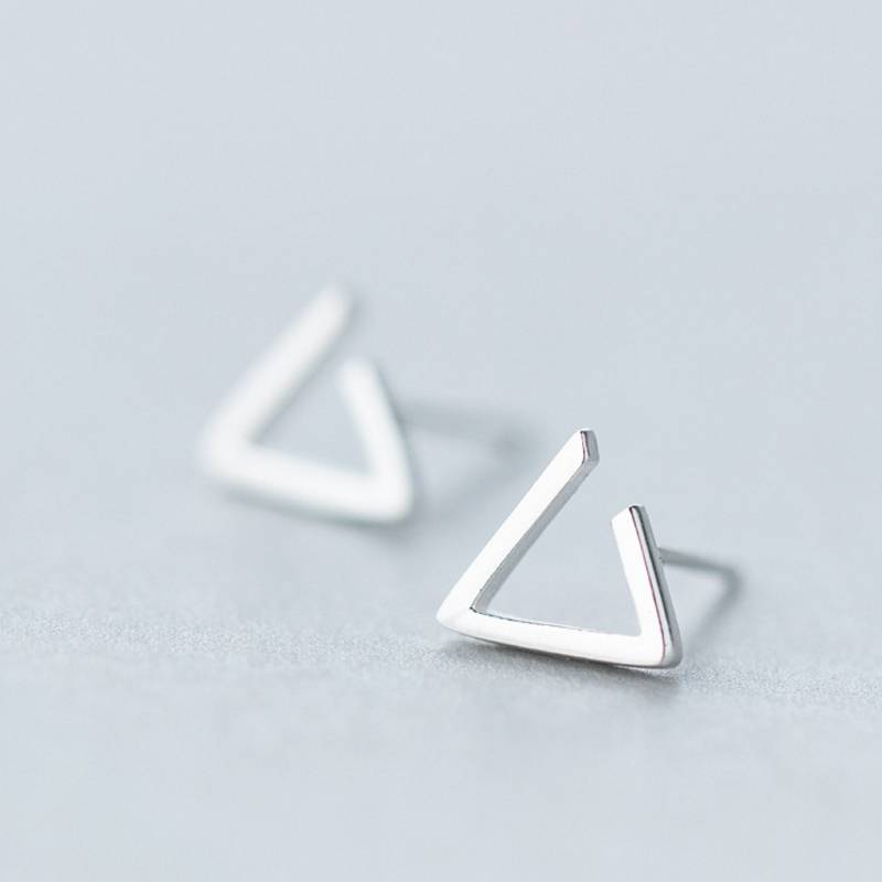 Factory Price 100% 925 Sterling Silver Fashion Minimalism Geometric Triangle Stud Earring Fine Jewelry for Female