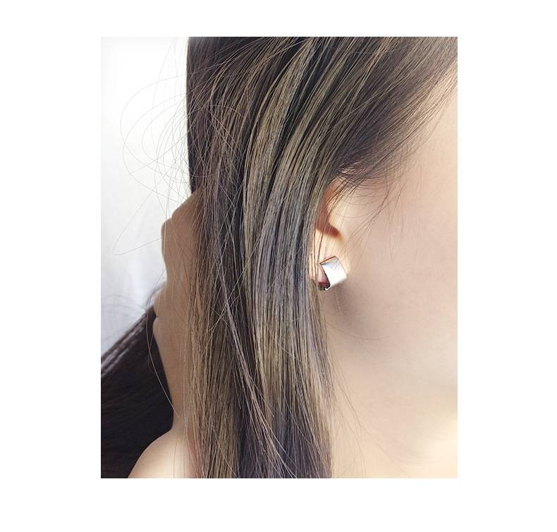 Korea New Style 925 Sterling Silver Earring for Women Simple Fashion Chic Square Ear Clip Jewelry