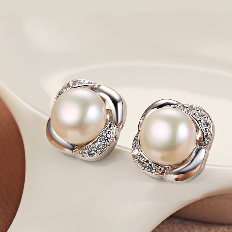 2018 Trendy Real 100% 925 Sterling Silver Flawless Pearl 8.5-9mm Round Natural Pearl Earrings for Woman