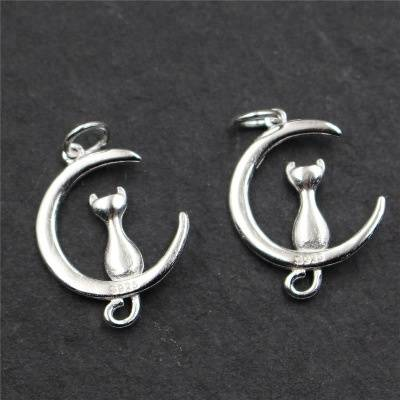 Real 925 Sterling Silver Cat Sitting on Moon Charms Accessories Jewelry DIY Lovely Animal Findings Bijoux Small Pendant