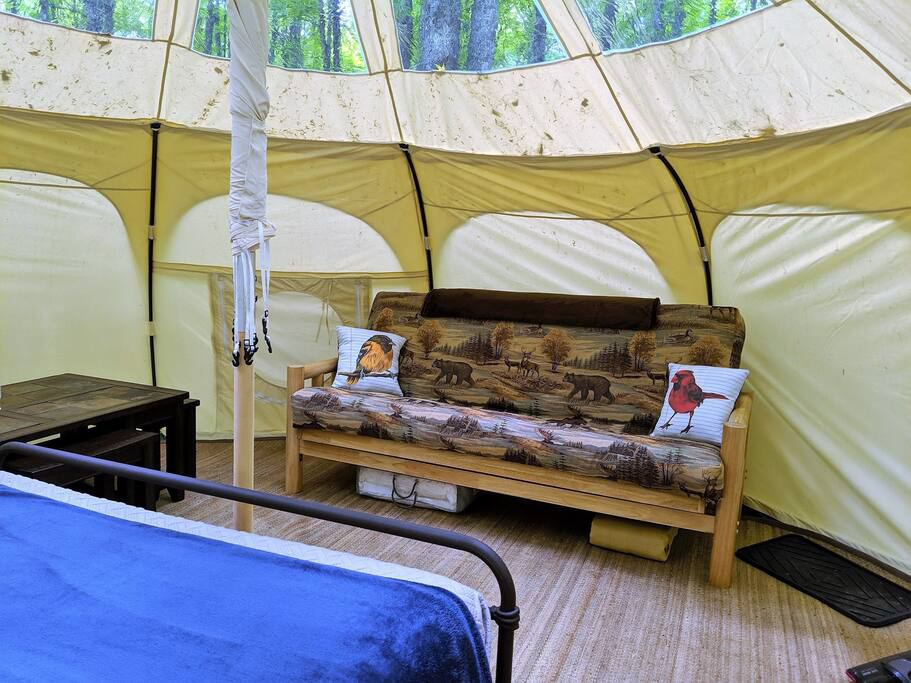 Manufacturer for Glamping Tent Bell Tent For camping NO.056 Featured Image
