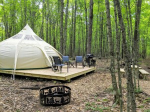 Manufacturer for Glamping Tent Bell Tent For camping NO.056