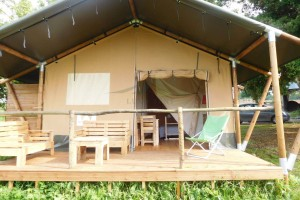 Manufacturer Wholesale Safari Tent Hotel 4 Season Glamping House NO.051