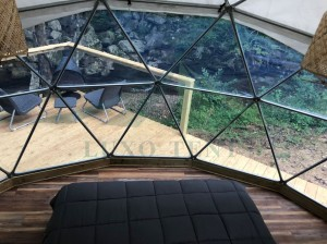 The 6m diameter dome ten in the jungle with a large transparent walls Part.2