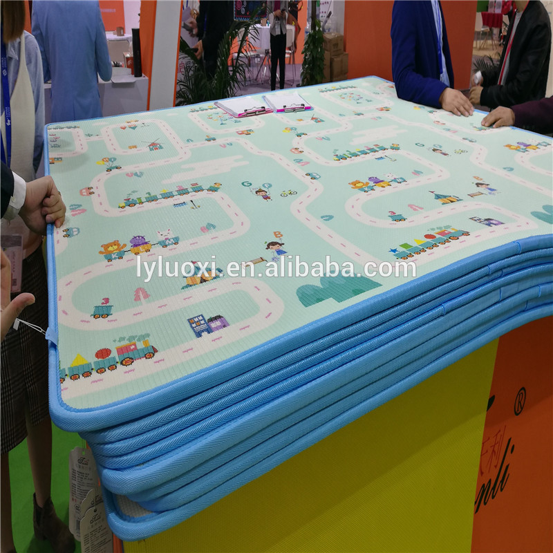 non-toxic play mat Featured Image