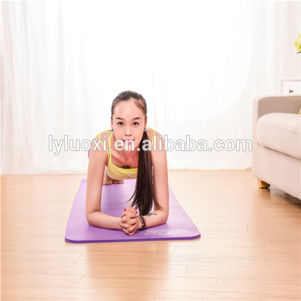 2017 popular product with full color and custom printed yoga mat