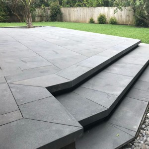 Outdoor basalt stone decorative garden pavers
