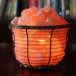 Natural Himalayan Salt Wire Mesh Basket Vase Lamp with Cord, Light Bulb