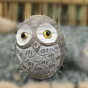 Garden ornament sculpture owl statue