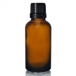 MBK 30ml Glass Essential Oil Bottle With Black lid