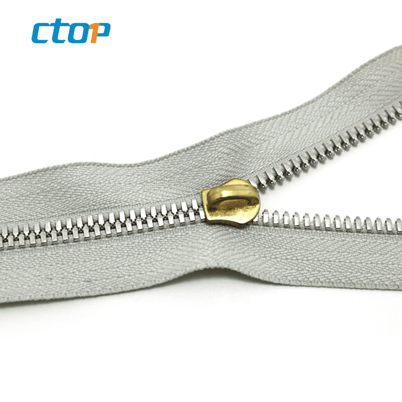 good quality high polished color teeth metal close end side zip nickel finish zipper for bag