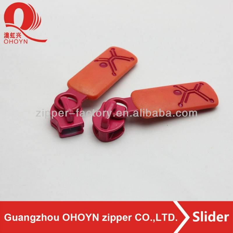 Plastic bag zipper puller,pink metal slider with orange color zippers pullers,engrave cartoon shape zipper pull