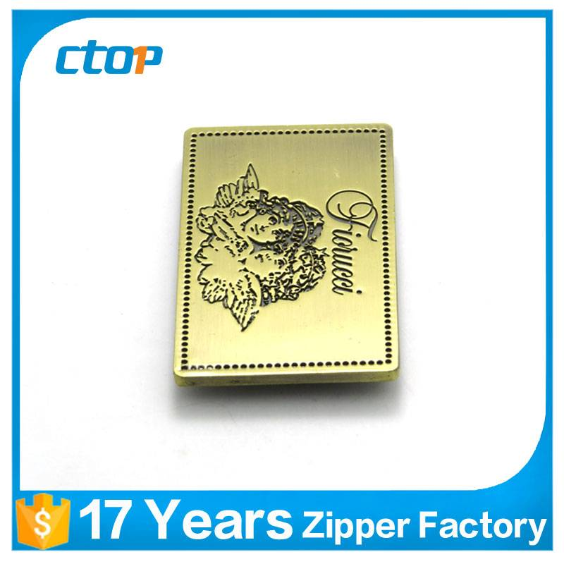 wholesale low price custom metal logo label bag labels for bag