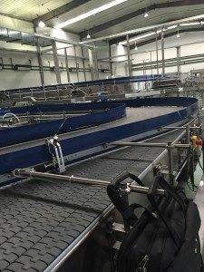 Hairise Slat Top Chain Conveyor Used in Plastic Bottles