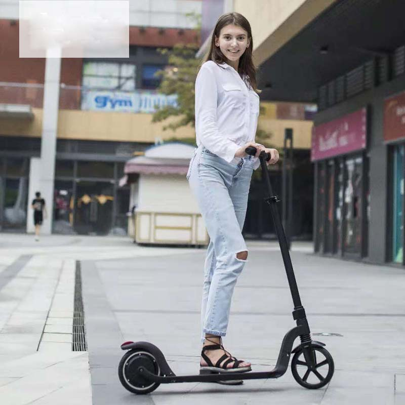 2017 Latest Design Carbon Fiber Electric Scooter -