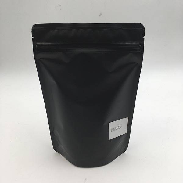 China OEM Block Bottom Coffee Bags - Matte Black Stand Up Pouch with Zipper – MTPAK