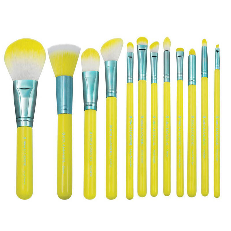 Special Price for Best Quality Eye Lash Brush -