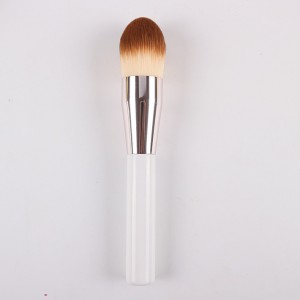 Multifunction Arrowhead Flame Powder Brush Foundation Brush