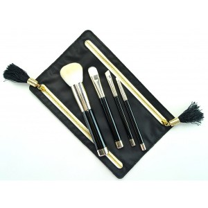 Vegan cosmetic makeup brush factory