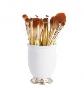 Factory making Make Up Brushes -